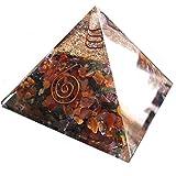 Pirámide de Orgonita con cristales en los colores de los 7 chakras y nucleo de aventurina. Generador de energía orgón, equilibra la energía ambiental y protege contra campos electromagneticos - 72mm x 72mm