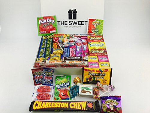 luxury-american-sweets-hamper-a-taste-of-america-filled-with-american-candy-gift-hamper-includes-raz
