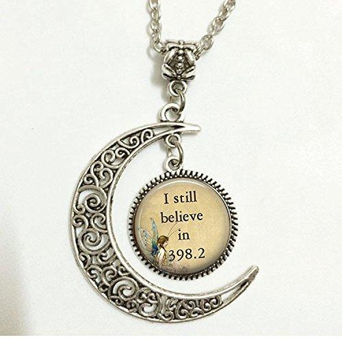 Charm Crescent Moon I Still Believe In 398.2Märchen Anhänger, Buchen Anhänger, Buchen Schmuck, Halskette Schmuck, Märchen Buch Weihnachten Halskette, Halloween