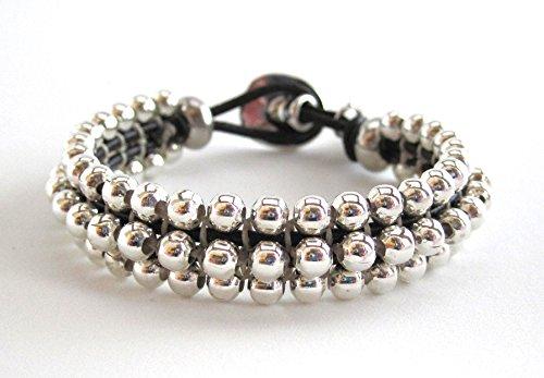 pulsera-plata-arbol-de-la-vida-pulsera-hecha-a-mano-tejida-con-bolas-de-zamak-plateado-sobre-cuero-r