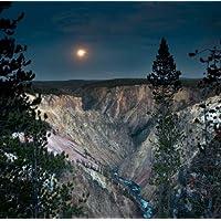North RIM Moon rising by Stalowy disponibile, John–Stampa artistica su tela e carta, Carta, SMALL (12 x 12 Inches )