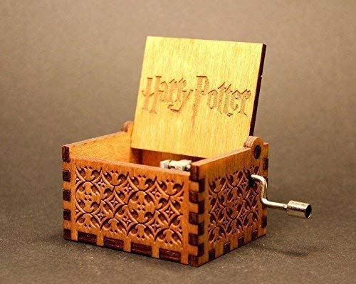Bigaxi Wooden Hedwig Theme Harry Potter Hand Cranked Collectable Engraved Music Box
