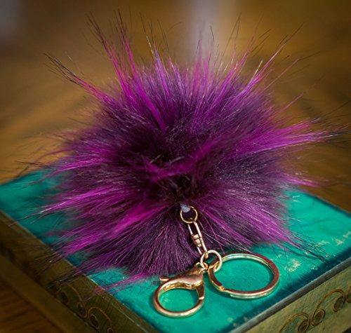 3 für 2! 12cm Plum Pflaume großer, flauschiger Fell-Puschel im Waschbär-Look, mit goldenem Schlüsselanhänger, (Large Gucci Tote)