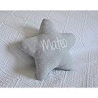 Cojín estrella para bebé personalizado. Un regalo original, decorativo y personalizado. Un bonito detalle para celebrar la llegada de un recién nacido. Hecho a mano