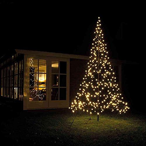 Weihnachtsbaum aus 360 LEDs für die Terrasse oder den Garten: WOW!