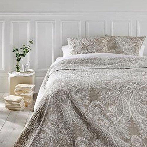 Ensemble dessus de lit matelassé avec ses 2 housses de coussin - Grande taille - Coloris Beig
