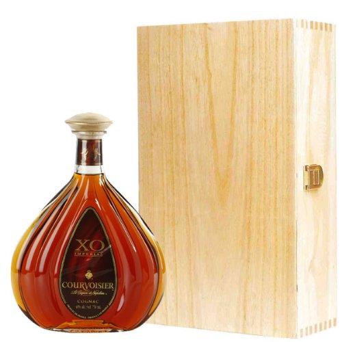 courvoisier-xo-cognac-in-wooden-gift-box