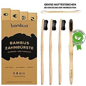 Bambus Zahnbürsten im 4er Pack · mittelweiche Aktivkohle Borsten · vegane und BPA-freie Holzzahnbürste · AKTION: Gratis Bambus Wattestäbchen Packung je Kauf (Werbeaktion beachten)