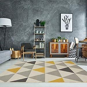 alfombras: The Rug House Milan Ocre Amarillo Mostaza Gris Beige con triángulos arlequín Tra...