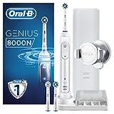 Oral-B Genius8000N Elektrische Zahnbürste, mit Bluetooth-Verbindung, 3Aufsteckbürsten, Reise-Etui, weiß/silber