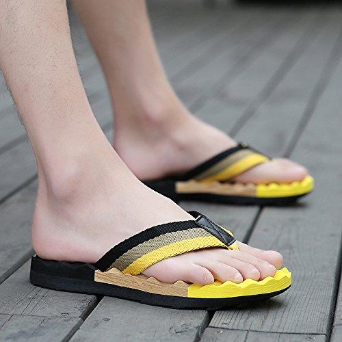 Tongs pour hommes Men's portable, chaussons, les pieds, les chaussures de plage d'été, loisirs, les hommes sandales tendance 789 black yellow