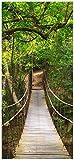 Wallario Selbstklebende Türtapete Hängebrücke im Urwald grüner Dschungel - 100 x 220 cm in Premium-Qualität: Abwischbar, Brillante Farben, rückstandsfrei zu entfernen
