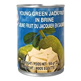 Grüne Jackfruit in Salzwasser