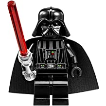 LEGO Star Wars: Darth Vader Minifigura Con Rojo Sable De Luz