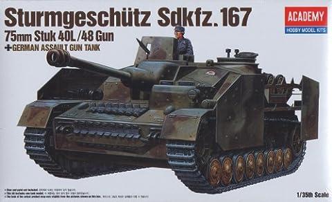 Academy German Assault Gun Sturmgeschutz Sdkfz. 167 - 1:35 Plastic Model Kit