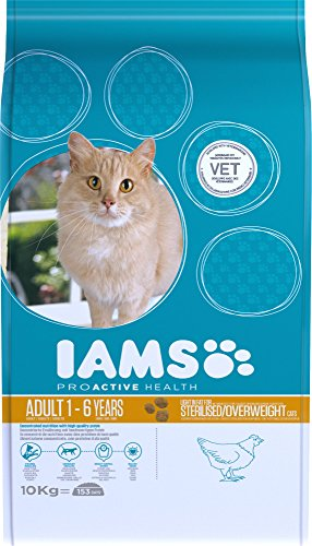 IAMS for Vitality Light in Fat Dry Cat Food with Fresh Chicken for Adult and Senior Cats, 10 kg 3