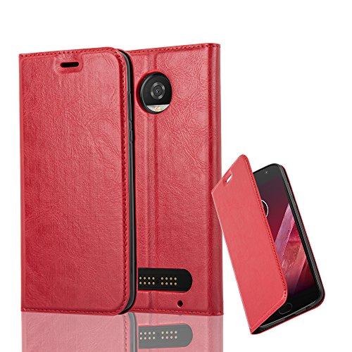 Cadorabo Hülle für Motorola Moto Z2 Play - Hülle in Apfel ROT – Handyhülle mit Magnetverschluss, Standfunktion und Kartenfach - Case Cover Schutzhülle Etui Tasche Book Klapp Style