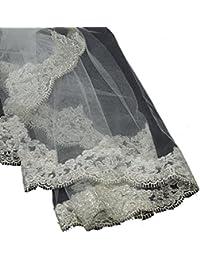 Classique voile de mariéee en tulle à simple épaisseur à bordure brodée. Produit offert par NYfashion101.