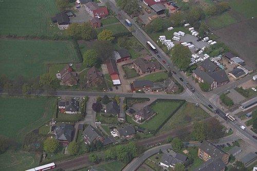 MF Matthias Friedel - Luftbildfotografie Luftbild von Quickborner Straße in Norderstedt (Segeberg), aufgenommen am 04.05.99 um 12:20 Uhr, Bildnummer: 0593-04, Auflösung: 3000x2000px = 6MP - Fotoabzug 50x75cm