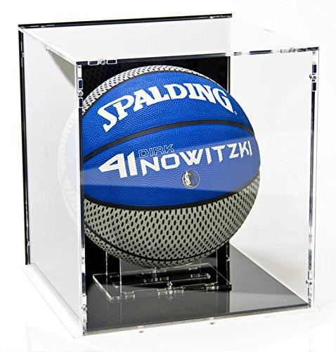 Vitrine de ballon de basket-ball, avec base noir et panneau d'arrière noir