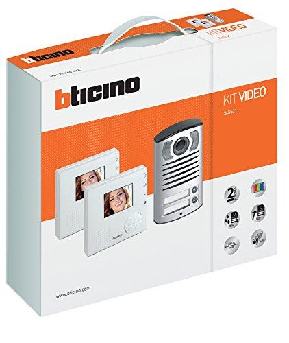 BTicino 365521 Kit Vivavoce Monofamiliare Composto da Videocitofono Classe 100V12B e Pulsantiera Linea 2000 con Telecamera a Colori, Bianco