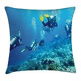 oceano copriletto federa per cuscino, SCUBA pesci nel mare con pietre rocce muschio e bolle arte foto, decorative Square Accent Pillow case, 45,7x 45,7cm, cielo blu giallo blu