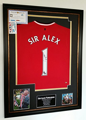 ALEX FERGUSON of MANCHESTER UNITED SIGNED SHIRT Display