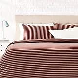AmazonBasics - Set copripiumino in tessuto Jersey, motivo a strisce - 200 x 200 cm / 50 x 80 cm, Rosso scuro
