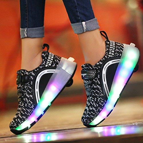 LILY999 2017 Kids Sneakers avec des roues LED Light Chaussures Boys Girls Colorful Automatique Patinage Chaussures Noir