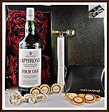Geschenk Laphroaig Four Oak Islay Whisky 1 Liter + Flaschenportionierer + 10 Edel Schokoladen Confiserie DreiMeister & DaJa + 4 Whisky Fudge kostenloser Versand