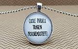 Spruchkette by Perletta 'Coole Mädels tragen Motorradstiefel' handgemacht individualisierbar Text...