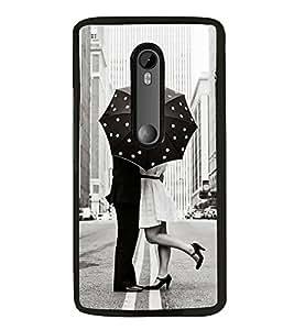 PrintVisa Boy Kiss Girl High Glossy Designer Back Case Cover for Motorola Moto G3 :: Motorola Moto G 3rd Gen :: Motorola Moto G Gen 3 :: Motorola Moto G Dual SIM 3rd Gen :: Motorola Moto G3 Dual SIM
