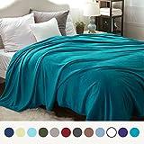 Kuscheldecke XXL Flauschige Wohndecke Türkis 270x230cm - Fleece Tagesdecke für Bett - hochwertige Decke warme weiche Microfaser Fleecedecke von Bedsure
