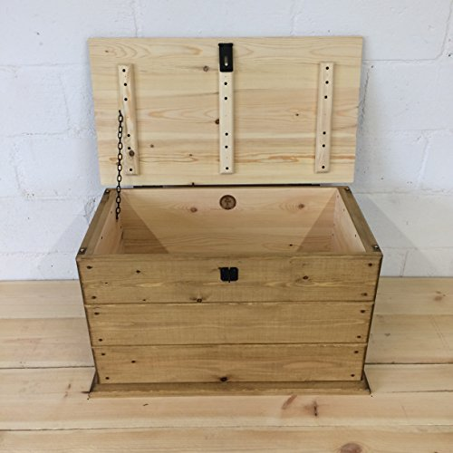 Handmade Solid Rustic Pine Trunk.Coffee Table.Boot/Toy Box. Linen Chest. Blanket Box