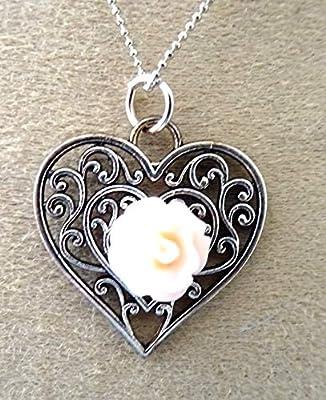 pendentif, coeur, la rose, metal argenté