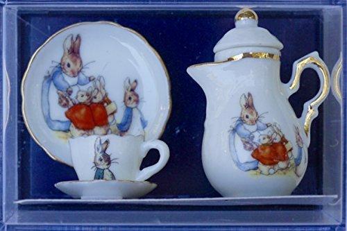 reuters-porcelain-5-piece-peter-rabbit-miniature-tea-set-by-peter-rabbit
