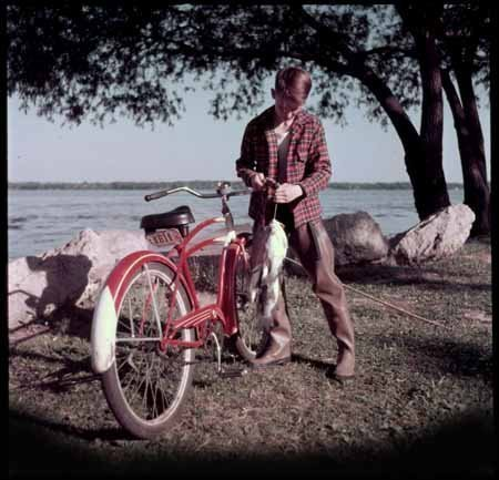 photo-young-boy-fishing-madison-wi-american-flyer-bike-by-photographic-archives