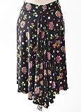 Nuestra falda de tango negra floral en cascada hermosa hecha a mano o falda de salón es una maravillosa falda que fluye y es perfecta para tu baile Tea dance.  -Esta es una falda de edición limitada y lucirás increíble en la pista de baile.  -Una fal...