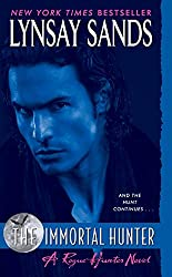 The Immortal Hunter: A Rogue Hunter Novel (Argeneau Vampire)