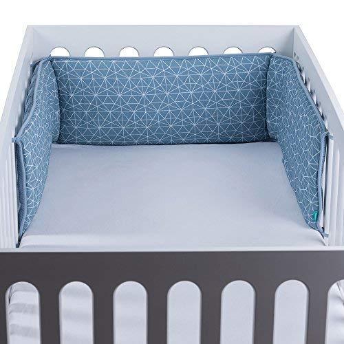 Urban Kanga Tour de Lit Bébé | Pare Choc Lit en Coton Mousseline | Convient pour un lit bébé de 120 x 60 cm | Unisexe | Garçons | Filles (Bleu Géo)