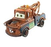 Ricrea le scene del film d'animazione Cars 3 con i modellini in scala dei personaggi Direttamente dal film Disney/Pixar, una fedele riproduzione in diecast di Cricchetto, scala 1:55