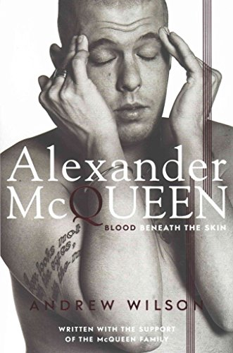 Portada del libro [(Alexander McQueen : Blood Beneath the Skin)] [By (author) Andrew Wilson] published on (February, 2015)