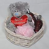 Cesta de regalo para cama de matrimonio para mujer Pamper - Un regalo perfecto de Babysfirstnight.