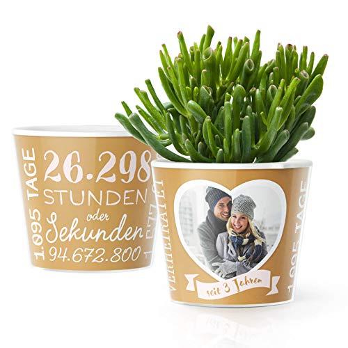 3.Hochzeitstag Geschenk – Blumentopf (ø16cm) | Deko Geschenke zur Lederhochzeit für Mann oder Frau mit Herz Bilderrahmen für 1 Foto (10x15cm) | Glücklich Verheiratet - 3 Jahre