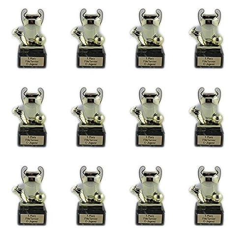 12 Fußball-Pokale für Kinder (mit oder ohne Gravur erhältlich) + 3 Fußball-Anstecknadeln (Sticker). (Mit