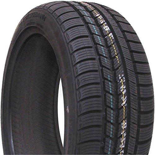 Roadstone 8807622204616-245/40/r1897v-e/c/73db-winter pneumatici