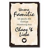 Holzschild Dekoschild Unsere Familie ist genau die richtige Mischung aus Chaos und Liebe mit Spruch 20x30cm Shabby Chic Vintage Wandschild Türschild Holzbild Holztafel Bild