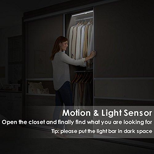 comprare on line LOFTer Luce Wireless a 20 LED con Sensore, Alimentata a Batterie (non incluse), 3 Modalità, Luce Notte per Armadio,Comodino,Corridoio (incluse 4 viti) prezzo