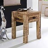 Pharao24 Nachttisch mit Antik Finish Holz massiv