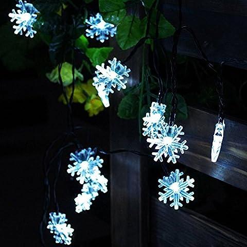 JOJOO Solar Powered 30 LED 16.5ft Snowflake String Lights Christmas Lights for X-mas, Garden, Patio, Outdoor Decor, White